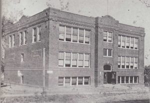 School built in 1915