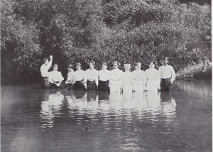 Joe McAdams baptizing in Crooked River